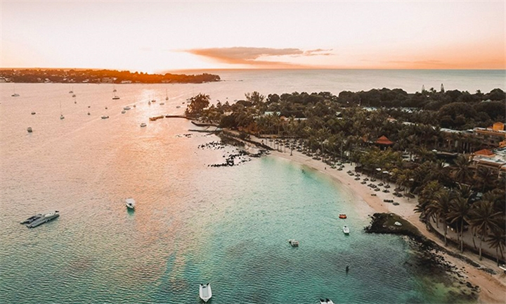 Mauritius: 5-Night Honeymoon Stay Including Flights, Transfers, Meals and Activities