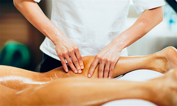 60-Minute Sports Massage at Peppermint Day Spa