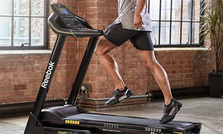 Reebok GT40 Treadmill with Bluetooth for R10999