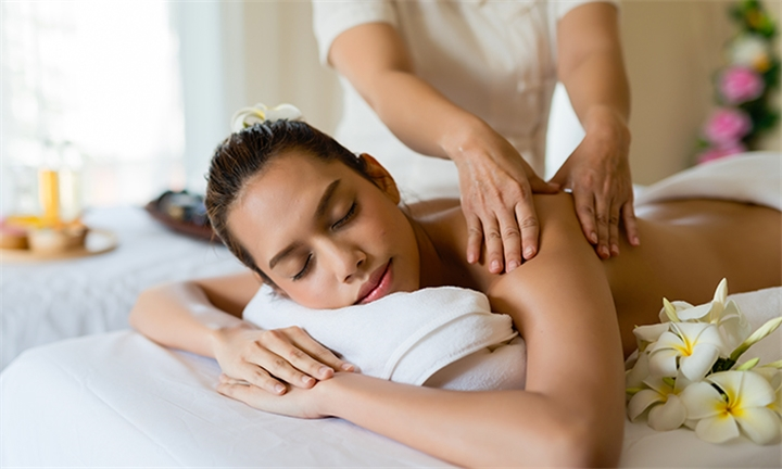 Full Day Spa Package: Unlimited Spa Treatments Including Lunch and Beverages at Health Hydro Spa