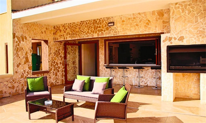 c5fe38c0239 Swaziland  1 or 2-Night Anytime Stay for Two at Green Haven Luxury  Apartments