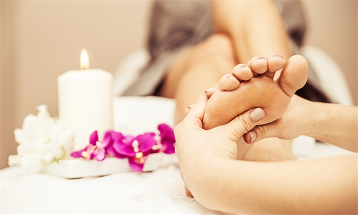 Half Day Spa Package with Breakfast or Lunch and Bubbly for One or Two at Lukap Divine Day Spa