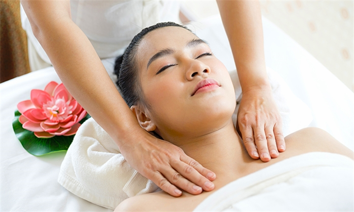 Full Day Spa Package: Unlimited Spa Treatments with Beverage and Lunch at Koko-Mo Wellness