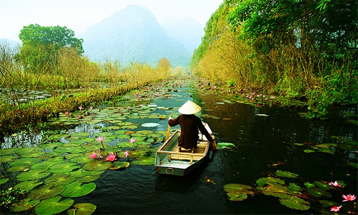 Vietnam: 14-Day Insight Tour of Vietnam for Two