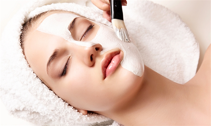 Deep Cleanse Facial with Optional Full Body Massage and Head Massage at Touch & Glow Nail & Beauty Spa