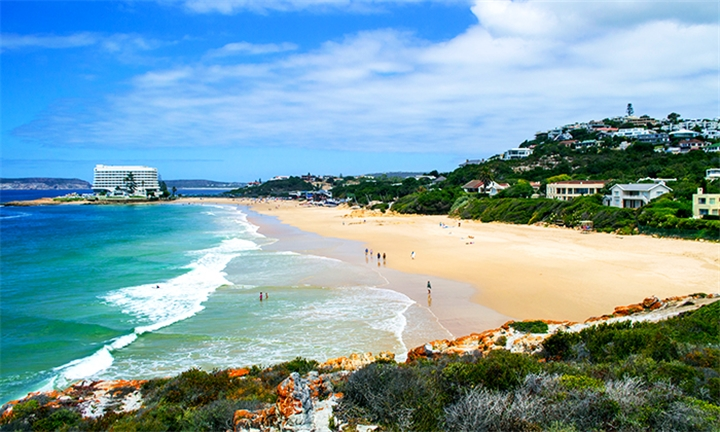 Plettenberg: 1-Night Anytime Stay for Two at Bayview Hotel