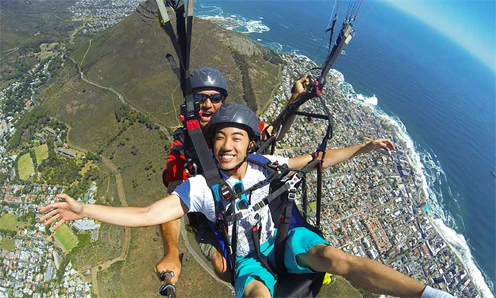 Tandem Paragliding Flight with Skywings Paragliding