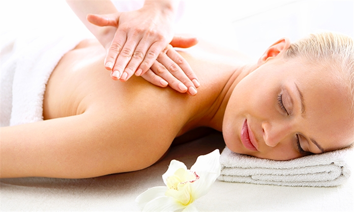Choice of Massage: Aromatherapy, Swedish or Hot Stone at Glam Bar
