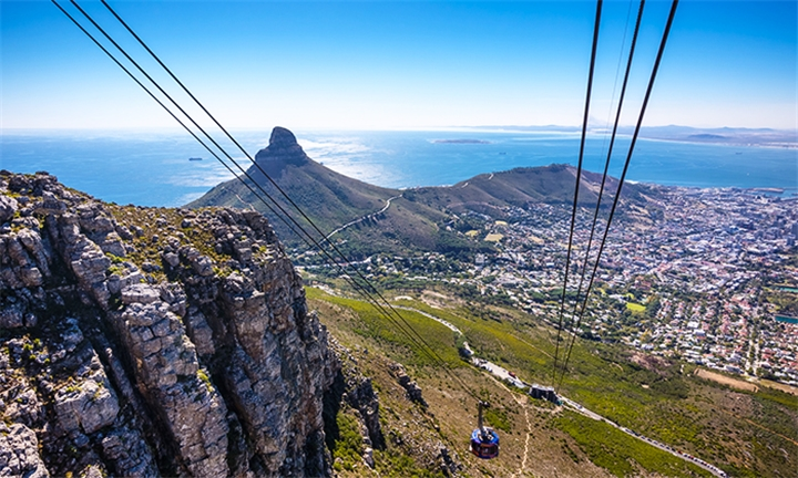Cape Town: 7-Night Stay for Two Including Sightseeing Activities