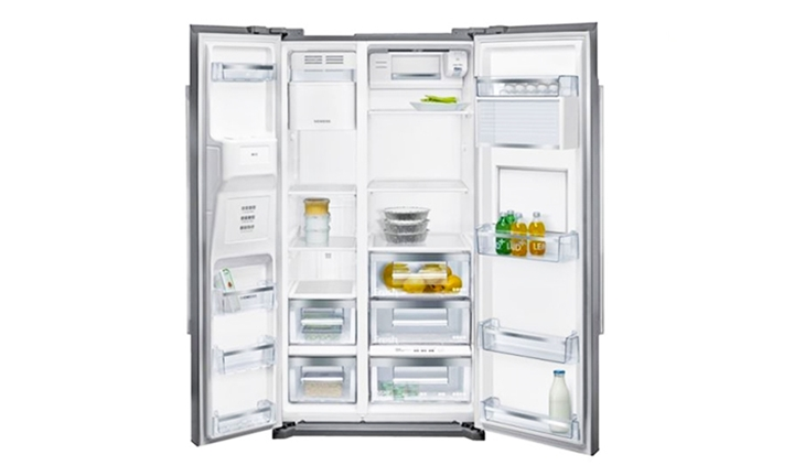 Siemens iQ700 Side-By-Side Fridge Freezer (Stainless Steel) for R21499