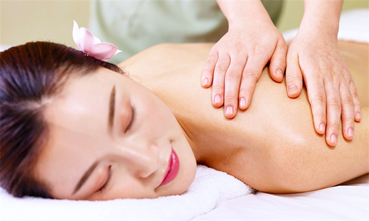 Choice of Traditional Chinese Treatment: Meridian Facial or Back Massage at Jasmine Glamour Wellness Centre