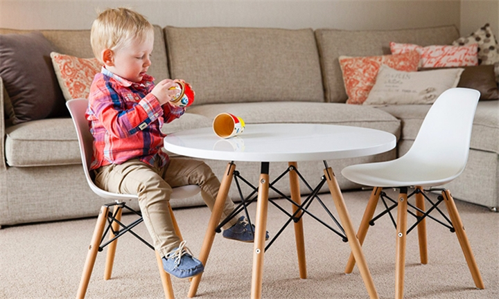 Replica Kids Eames Table for R1699
