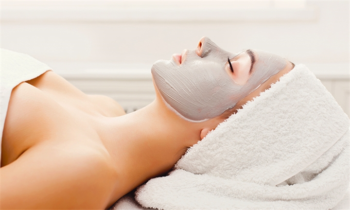 Choice of 1 or 2 Environ Facial Treatment Sessions at Crème Beauty Lounge