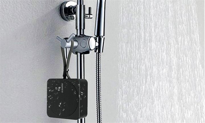 Avantree Waterproof BT Speaker for Showers, Pools or Beach for R349
