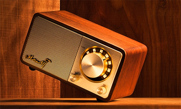 Sangean Mozart Retro Radio with Bluetooth for R1149