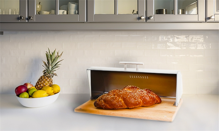 Wooden Base Breadbin with Acrylic Window for R299