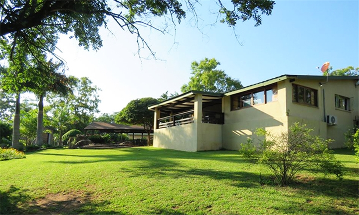Mpumalanga: 1 or 2-Night Anytime Self-Catering Stay for Two at Cuckoo Ridge Country Retreat