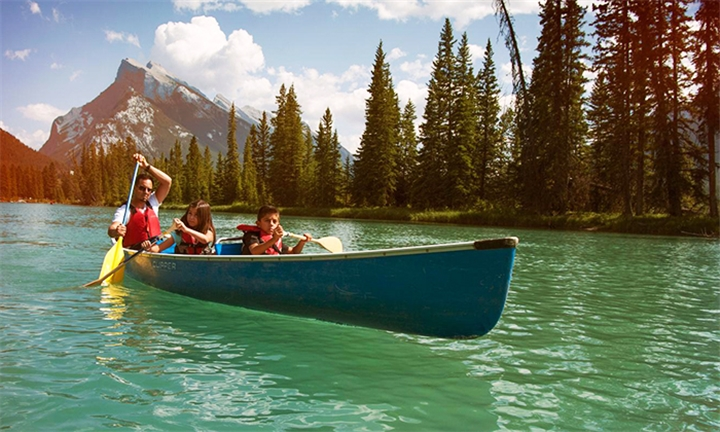 Canada: 14-Day National Parks of the Canadian Rockies Tour Vancouver to Calgary