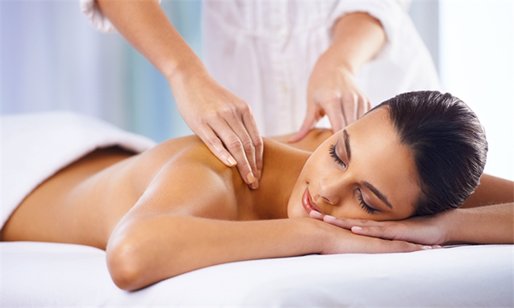 Full Body Massage for One or Pamper Package for Two Including Welcome Drink at SnapGlam