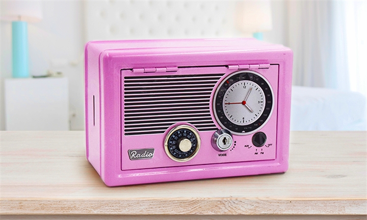 Retro Radio Safe (Available in 3 colours) for R229