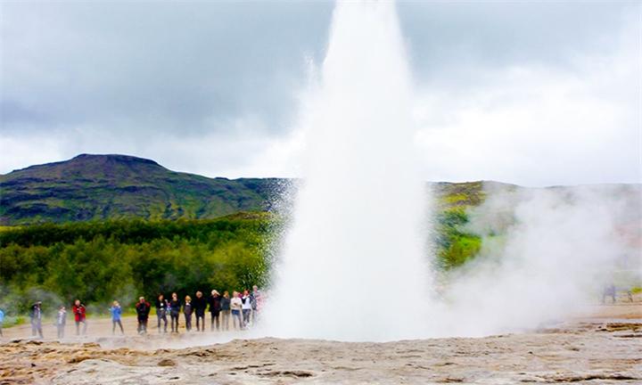 Iceland: 5-Day Reykjavik Northern Lights & Golden Circle Tour