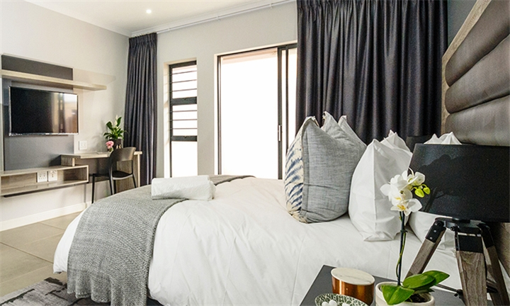 Johannesburg: 1 or 2-Night Anytime Stay for up to Four at Enigma Lifestyle