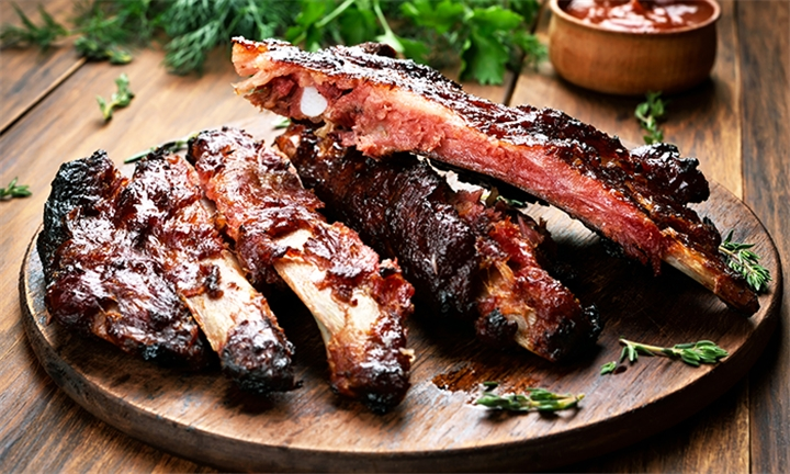 1 or 2kg Beef Ribs to Share for Two or Four at MonkeyBluz Restaurant and Cocktail Bar
