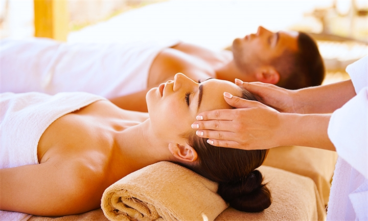 Pamper Package for Two Including 1-Night Accommodation and Breakfast at Dembalicious@Lourie Lodge Lonehill