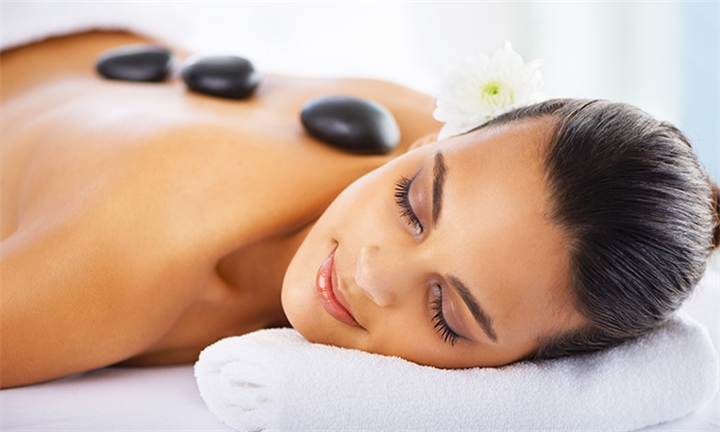 Choice of Full Body Massage with Indian Head Massage at iBeauty