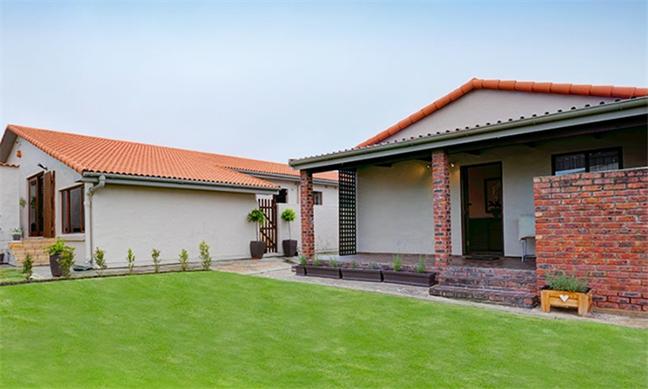 Garden Route: 1 or 2-Night Anytime Self-Catering Stay for up to Four at Out of Bounds Self-Catering Lodge