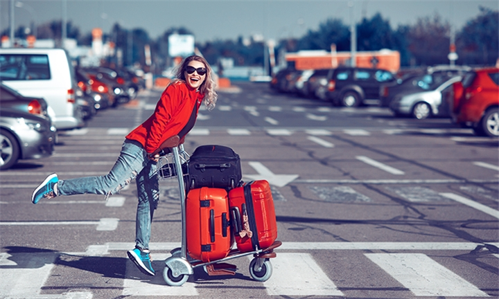 3, 5 or 10 Days Airport Parking Services with Air-O-Car