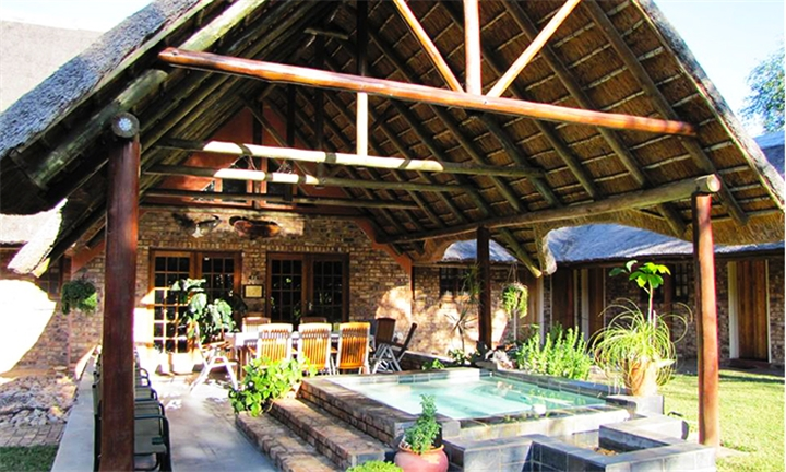 Mpumalanga: 1 or 2-Night Anytime Self-Catering Stay for up to Four at Du Bois Lodge