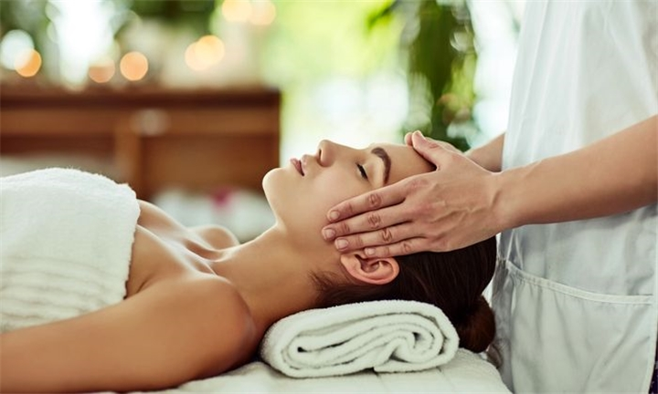 Choice of Pamper Package for One or Two at Health Hydro Spa
