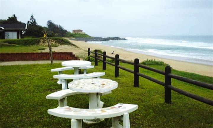 Kwa-Zulu Natal: 2-Night Anytime Self-Catering Stay for up to Four at Scottburgh Beachfront Garden Cottage