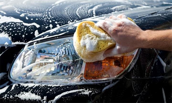 Full Car Wash, Full Body Polish or Full Valet at Dee Place Car Wash – Centurion