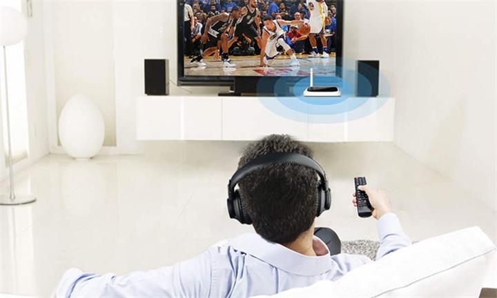 Avantree Oasis 2-in-1 Long Range Bluetooth Transmitter & Receiver for R1099