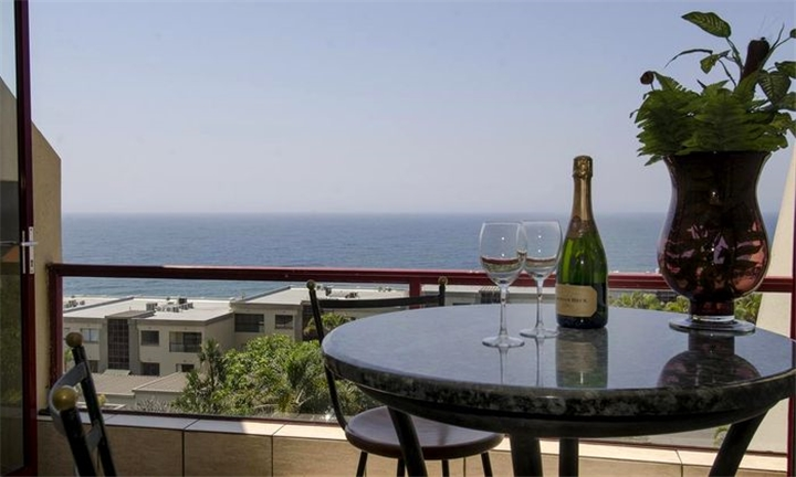 KwaZulu-Natal: 2-Night Anytime Self-Catering Stay for up to Six at Surfside