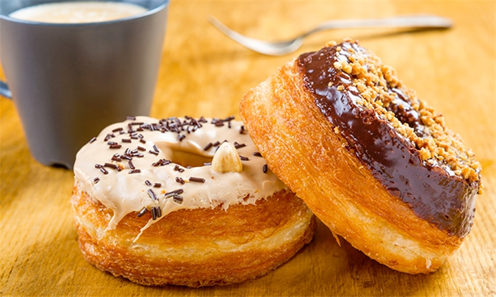 4 x Gourmet Filled Cronuts or 2 x Double Thick Cronut Milkshakes Plus 2 x Free Cronuts at X&O Cronuts