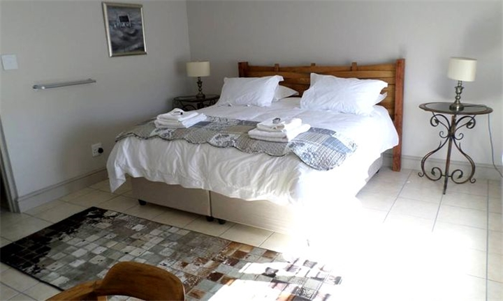 Western Cape: 1 or 2-Night Anytime Self-Catering Stay for up to Four at Leipoldt Accommodation