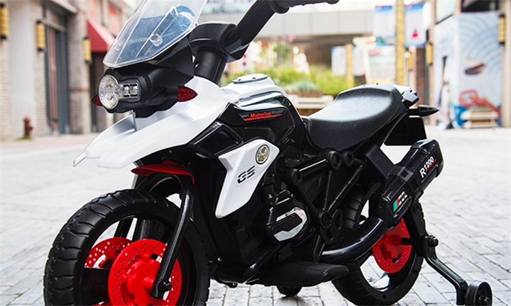 Jeronimo Bolt Motorbike for R899