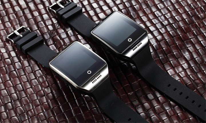 Q18 Smart Watch for R219