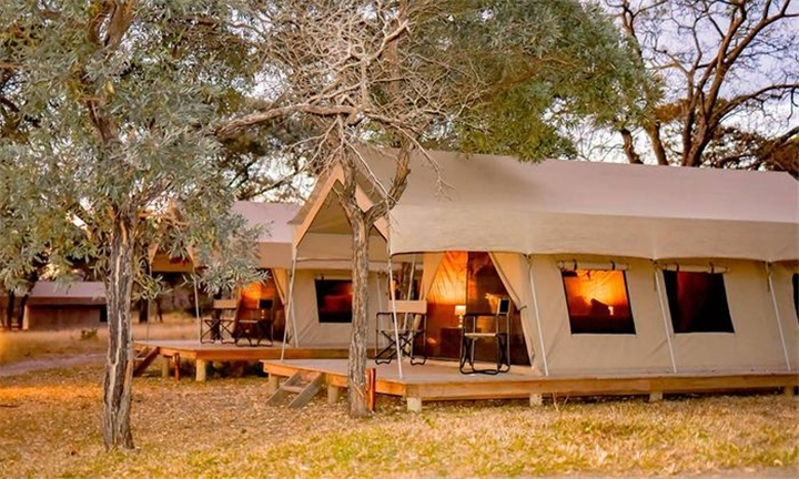 Mpumalanga: 2-Night Anytime Stay for Two in a Safari Tent Including Continental Breakfast and Buffet Dinner at Unyati Safari Lodge