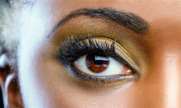 Full Set of Eyelashes Including Threading for One or Two at Ayapreciont Beauty Studio