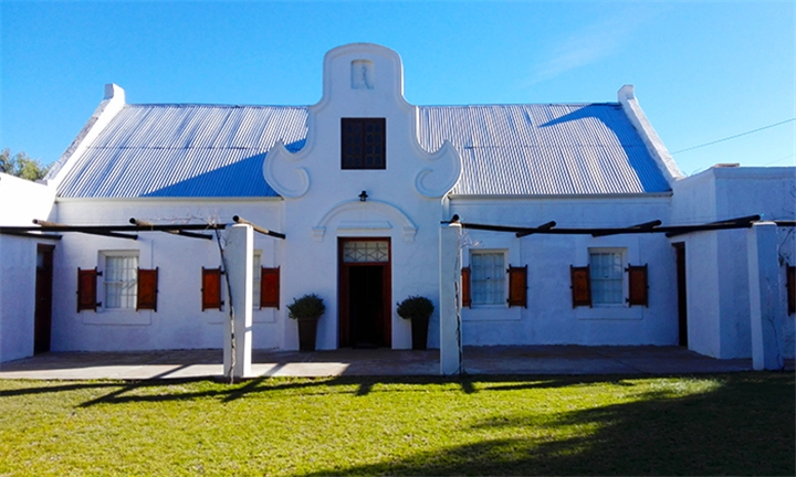Klein Karoo: 1 or 2-Night Anytime Stay for up to Four at Bella de Karoo