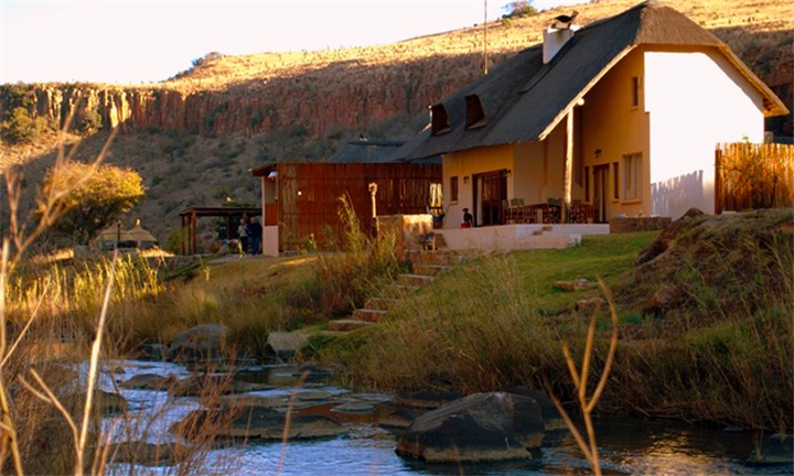 Mpumalanga: 1 or 2-Night Anytime Self-Catering Stay for up Eight at Komati Gorge Lodge