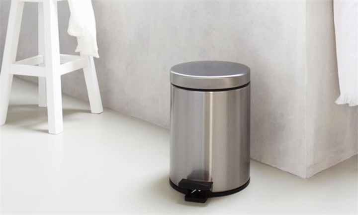 3L Stainless Steel Pedal Bin for R149