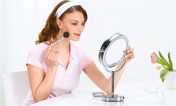 Cosmetic 3X Magnifying Mirror with LED for R349