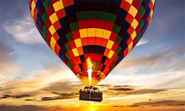 Hot Air Balloon Flight Including Breakfast & Sparkling Wine with Air to Air Africa