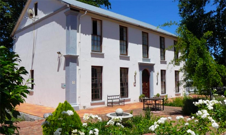 Western Cape: 1 or 2-Night Self-Catering Stay for Two at Klein Vredenburg