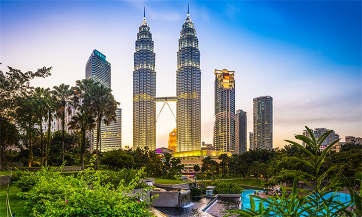 Malaysia: 8-Night Stay in 4-Star Accommodation Including Return Flight, Breakfast and Transfers